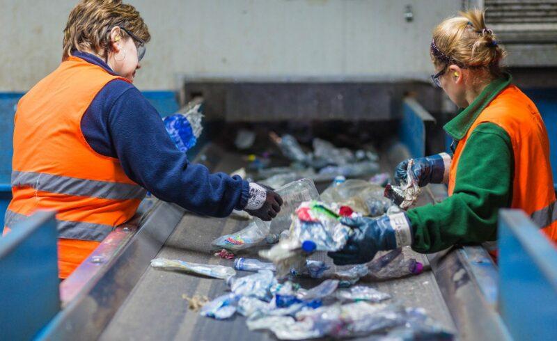servono nuove tecnologie per riciclare la plastica